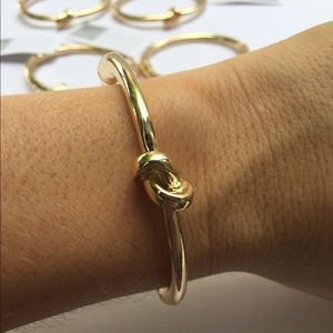 CCO! 5 Bride Bridesmaid Gift Tie The Knot Bracelet